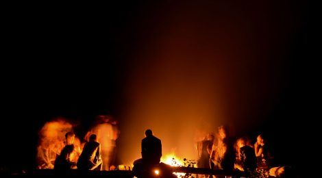 mental-health-trauma-fire-breathers-danger-burning-man-belonging-community-risks-performers-psychology-470x260.jpg
